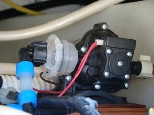 RV water pump strainer